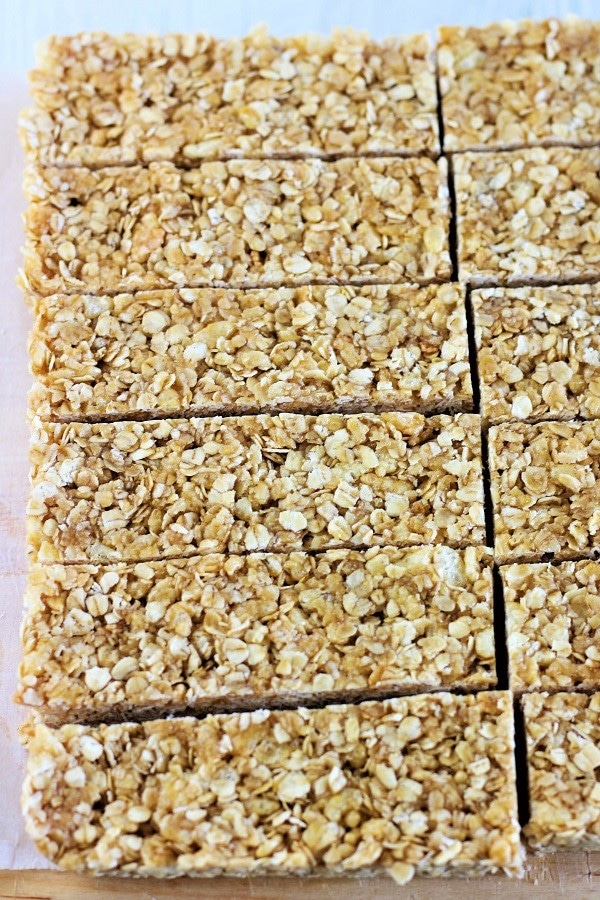 oat and honey chewy no bake granola bars