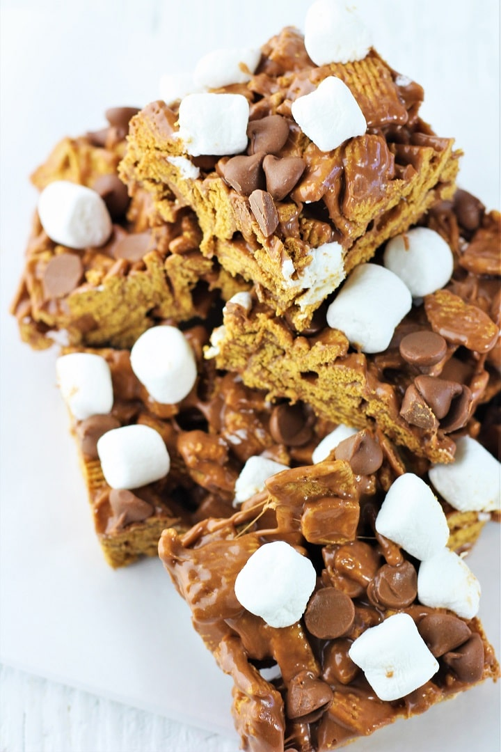 no-bake s'mores treats stacked on a plate